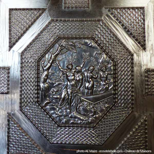 ébène sculptée cabinet 17e château de Maisons