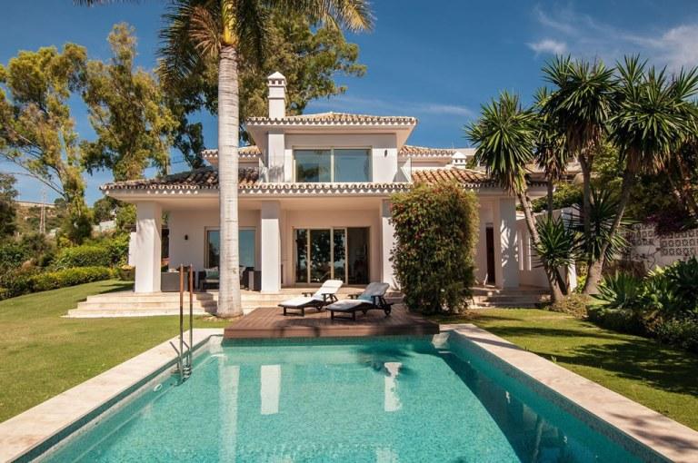 Villa refurbishment Nueva Andalucia