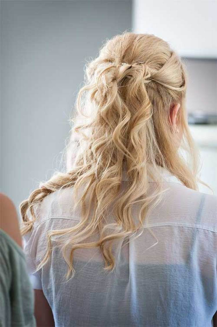 Most Delightful Wavy Or Curly Hairstyles For Short Half Long Hair