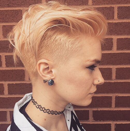 40 Lovely Short Hairstyles To Rock This Summer » EcstasyCoffee
