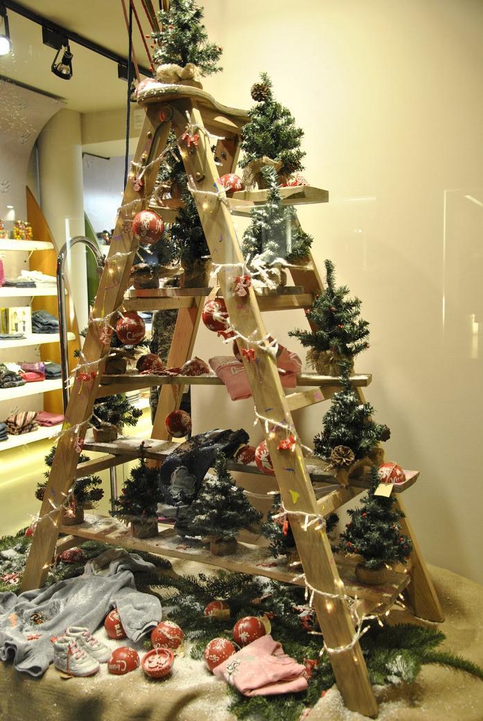 christmas-display-on-a-ladder