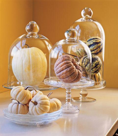 elegant-pumpkin-display