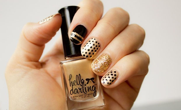 40 best examples of gold glitter nail polish art just for you gold glitter nails designs 20 prinsesfo Images