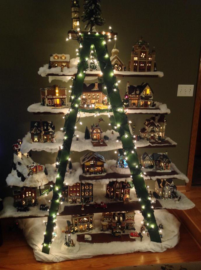 green-ladder-christmas-decortions