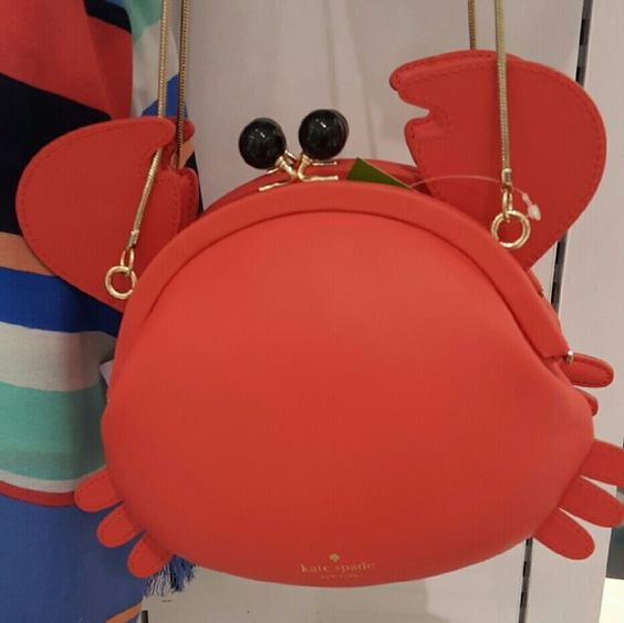 kate-spade-crab-crossbody-perfect-for-summer