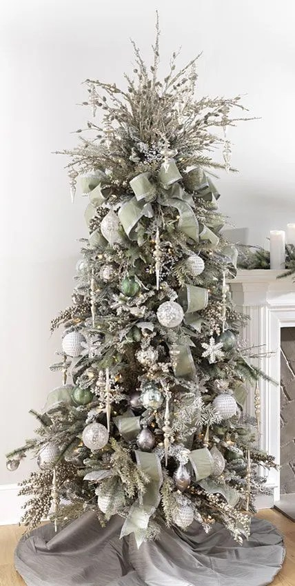 37 Awesome Silver And White Christmas Tree Decorating Ideas Amp Inspirations Ecstasycoffee