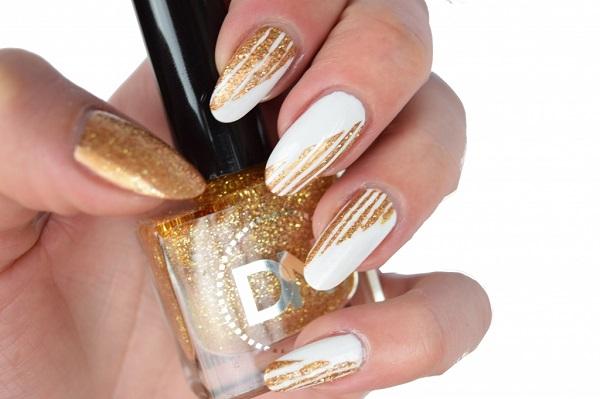 Gold Stripes On White Snow Nail Design Youtube for Gold Nail Designs - Nail  Design Ideas - 46 Cute Gold Nail Art Designs And Ideas For 2017 » EcstasyCoffee