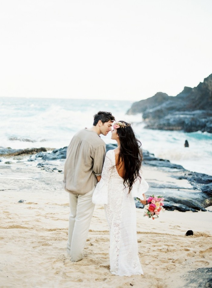 long-bohemian-chic-bride-with-sleeves