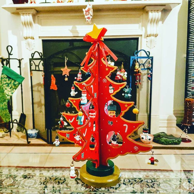 55+ Creative Christmas Tree Decorating Ideas For Christmas