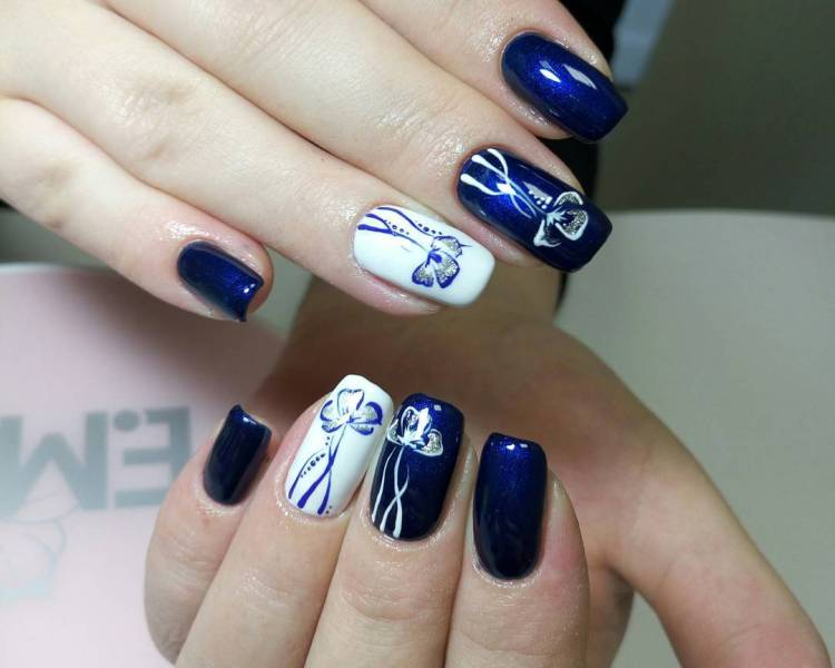 Gel Nail Designs Blue And White Splendid Wedding Company
