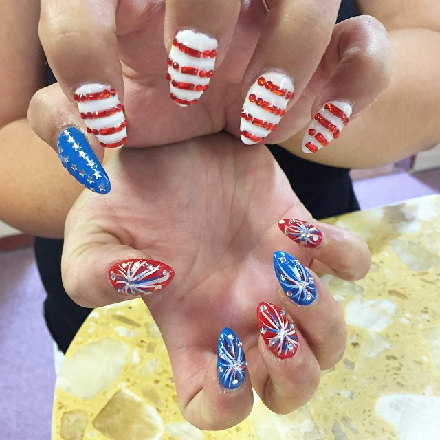 55 Amazingly Patriotic 4th July Nail Art Ideas