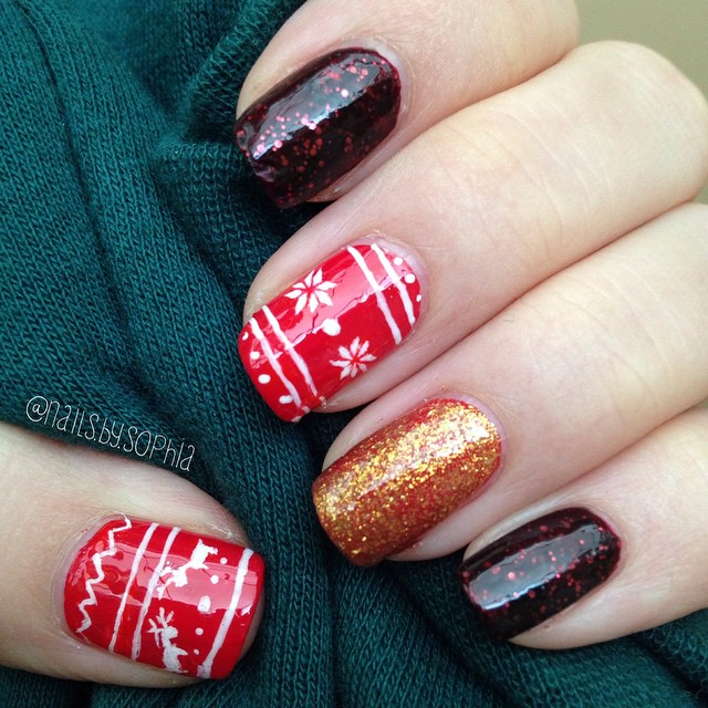 45 trendy sparkly nail art ideas to remain in style sparkly christmas sweater nails christmasnails christmasnailart nailart prinsesfo Gallery