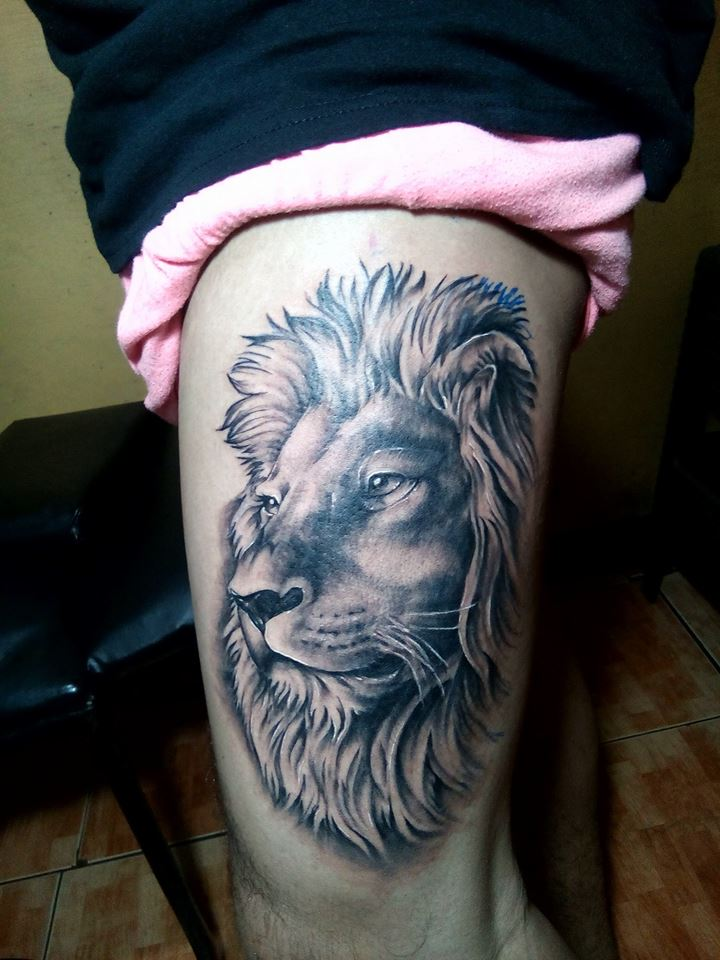 lion tattoo Idea