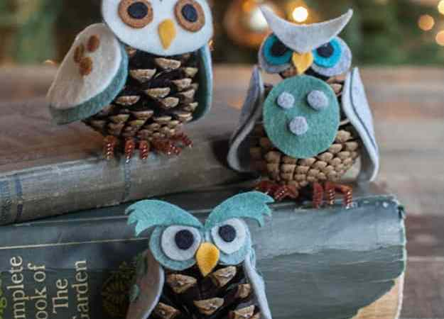 Felt And Pinecone DIY Owl Ornaments via Lia Griffith