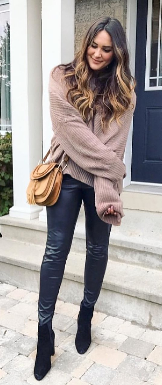 women's brown sweater and black fitted pants