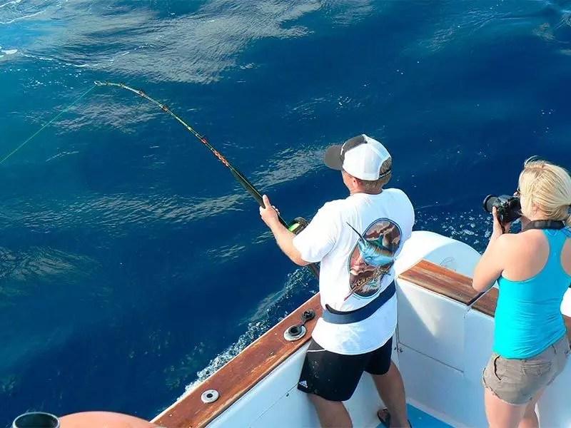Galapagos marlin fishing santa cruz gallery 03 ecuagringo for Santa cruz fishing