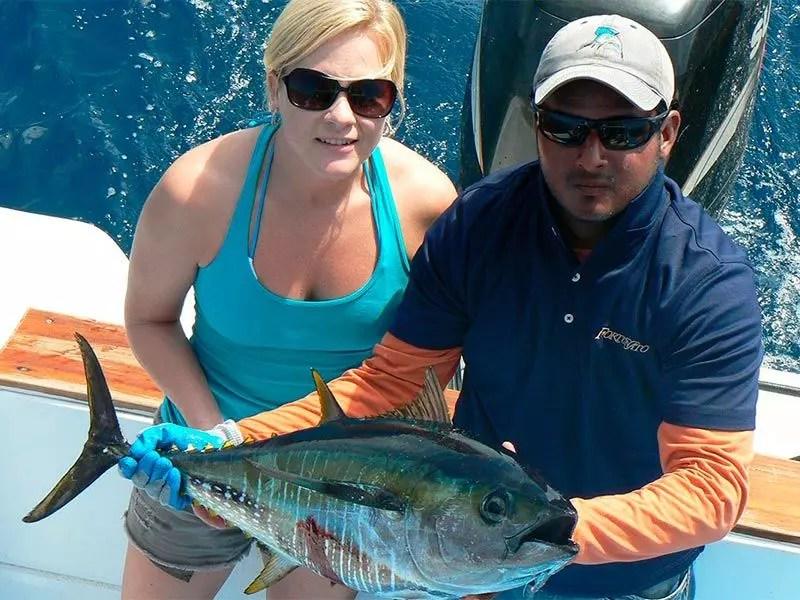 Galapagos marlin fishing santa cruz gallery 04 ecuagringo for Santa cruz fishing report