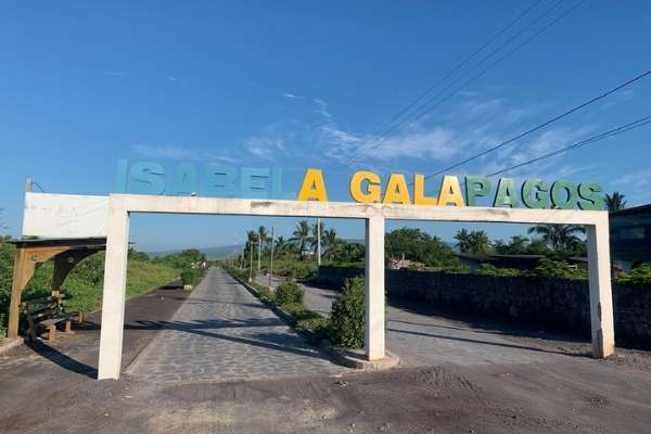 isabela island entrance