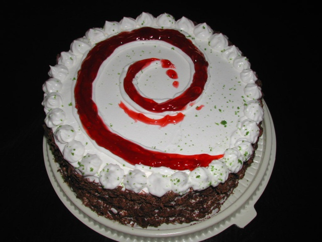 https://i2.wp.com/www.ecualug.org/files/images/debian-cake.jpg