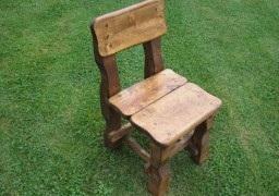 krzesło z litego drewna do ogrodu