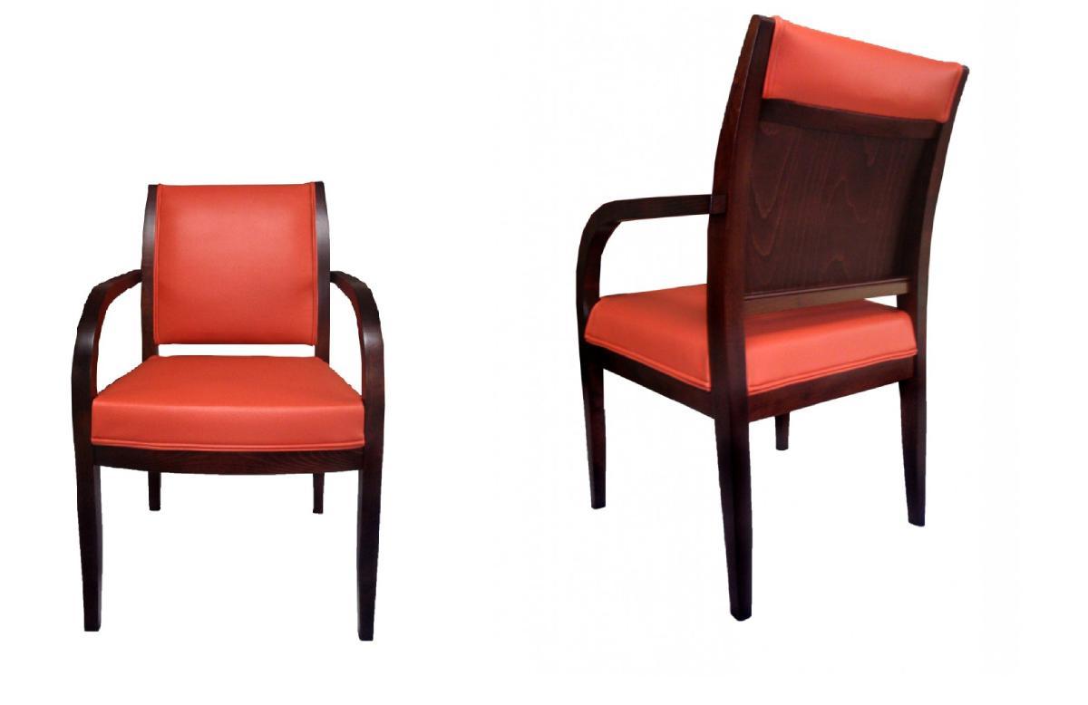 dębowy fotel tapicerowany