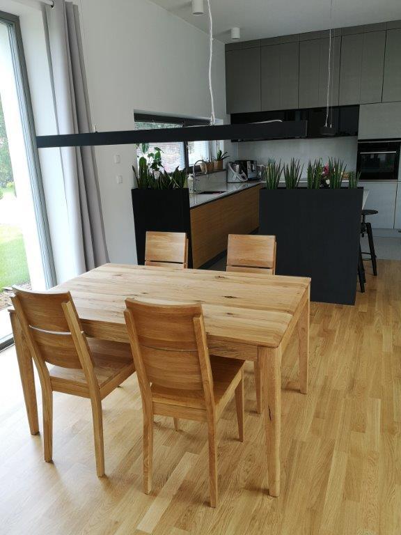 komplet stół i krzesla drewno dębowe sękate