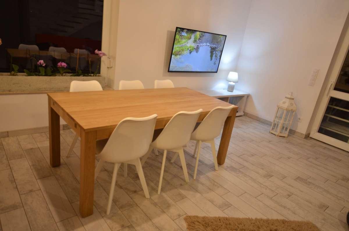 stół drewno dębowe kolor naturalny