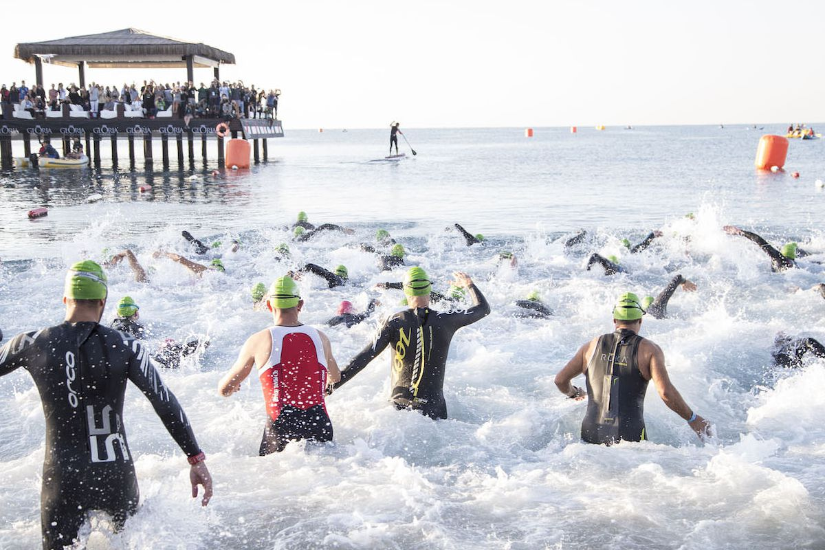 7 Ways To Have A Stress-Free Triathlon Swim Start