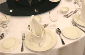 Tips to Choose the Dining Sets