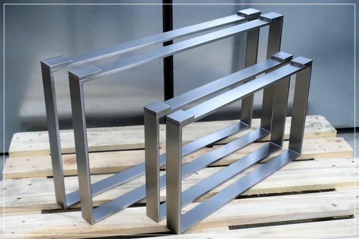 Tischgestell für Glasplatten