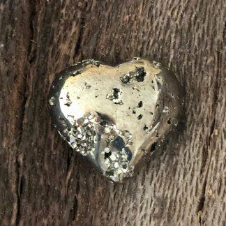 pyriet ruw gepolijst hartje m mineralen