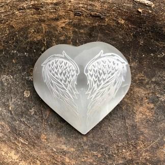 seleniet hart gegraveerde engelenvleugels satijnspaat gepolijst
