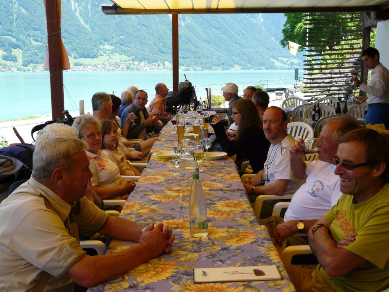 Repas au Chalet Hôtel du Lac