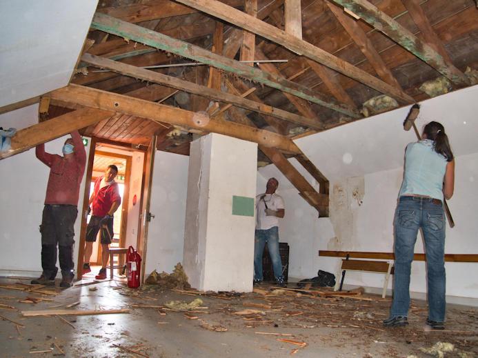 Dortoir 2ème étage en travaux