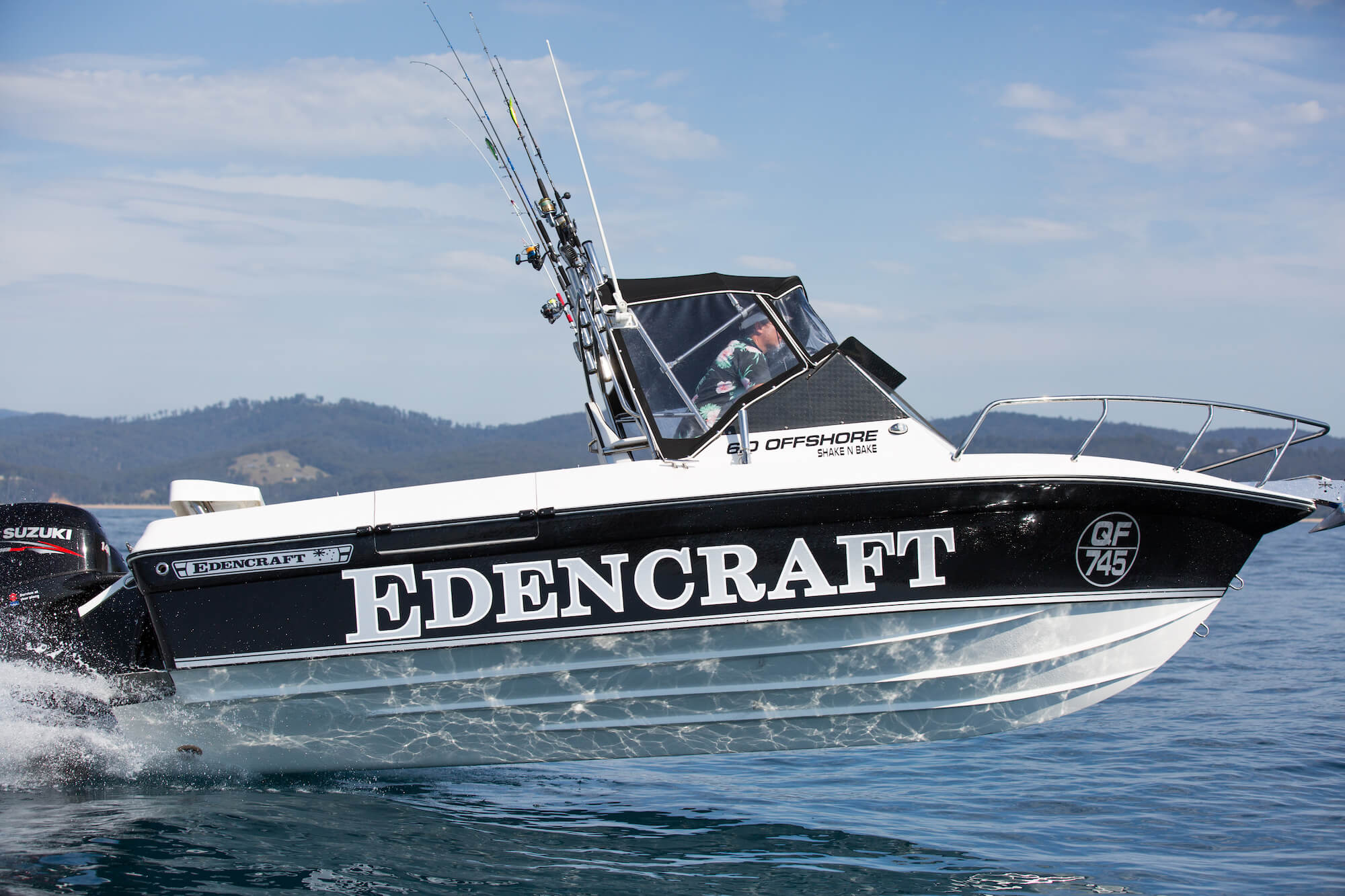 Edencraft 6.0m Offshore boat launching from the water