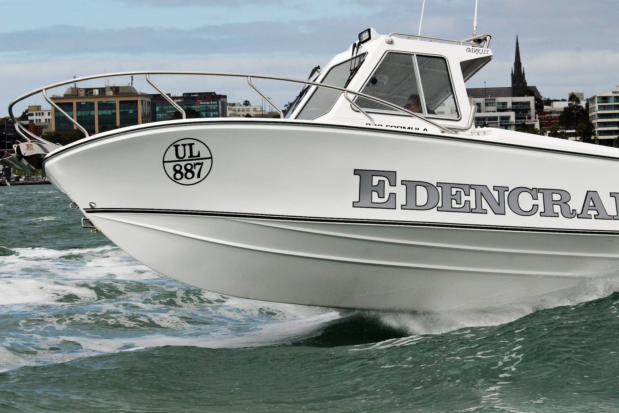 Edencraft 233 Formula Classic hardtop model launching from water