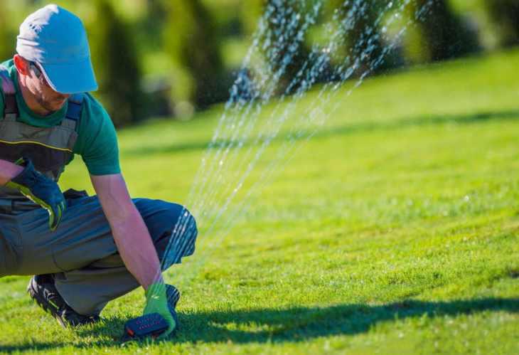 Tecnico Installazione Irrigatore da Giardino