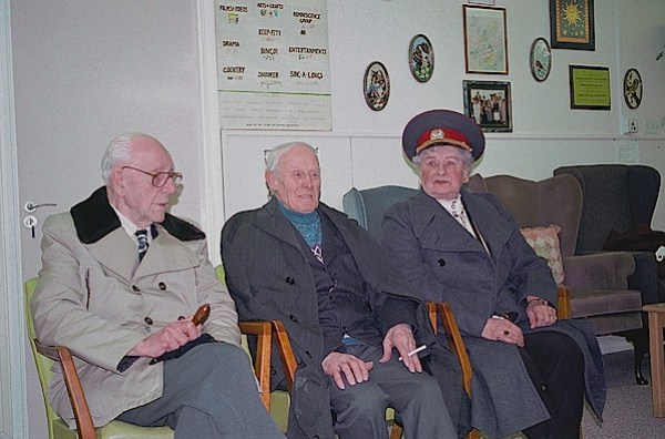 ASI SE ESCRIBE-H8W-Yalta.jpg