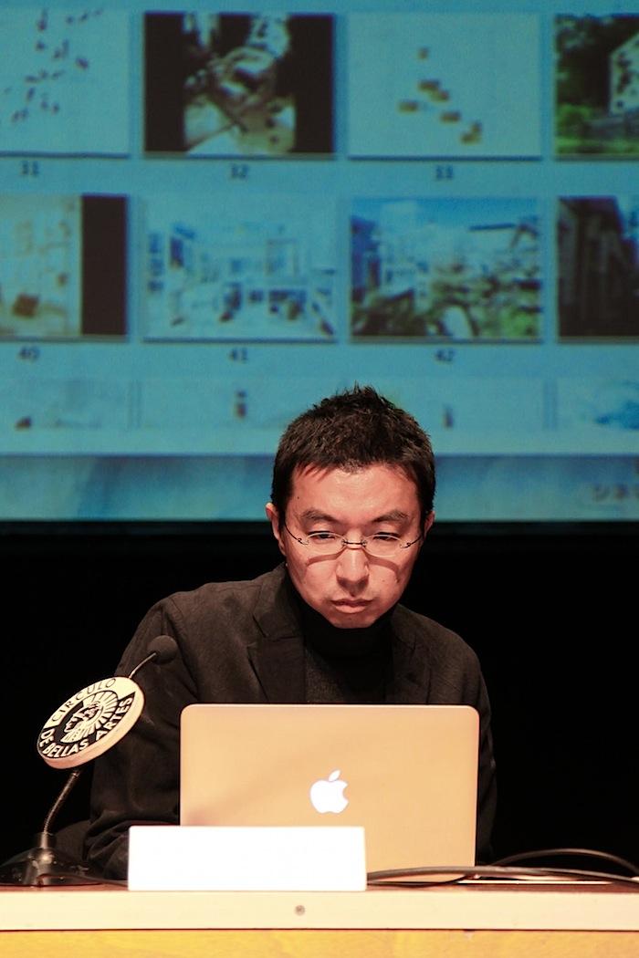 ARCHITEC conferencia Jou Fujimoto 002 - copia.jpg