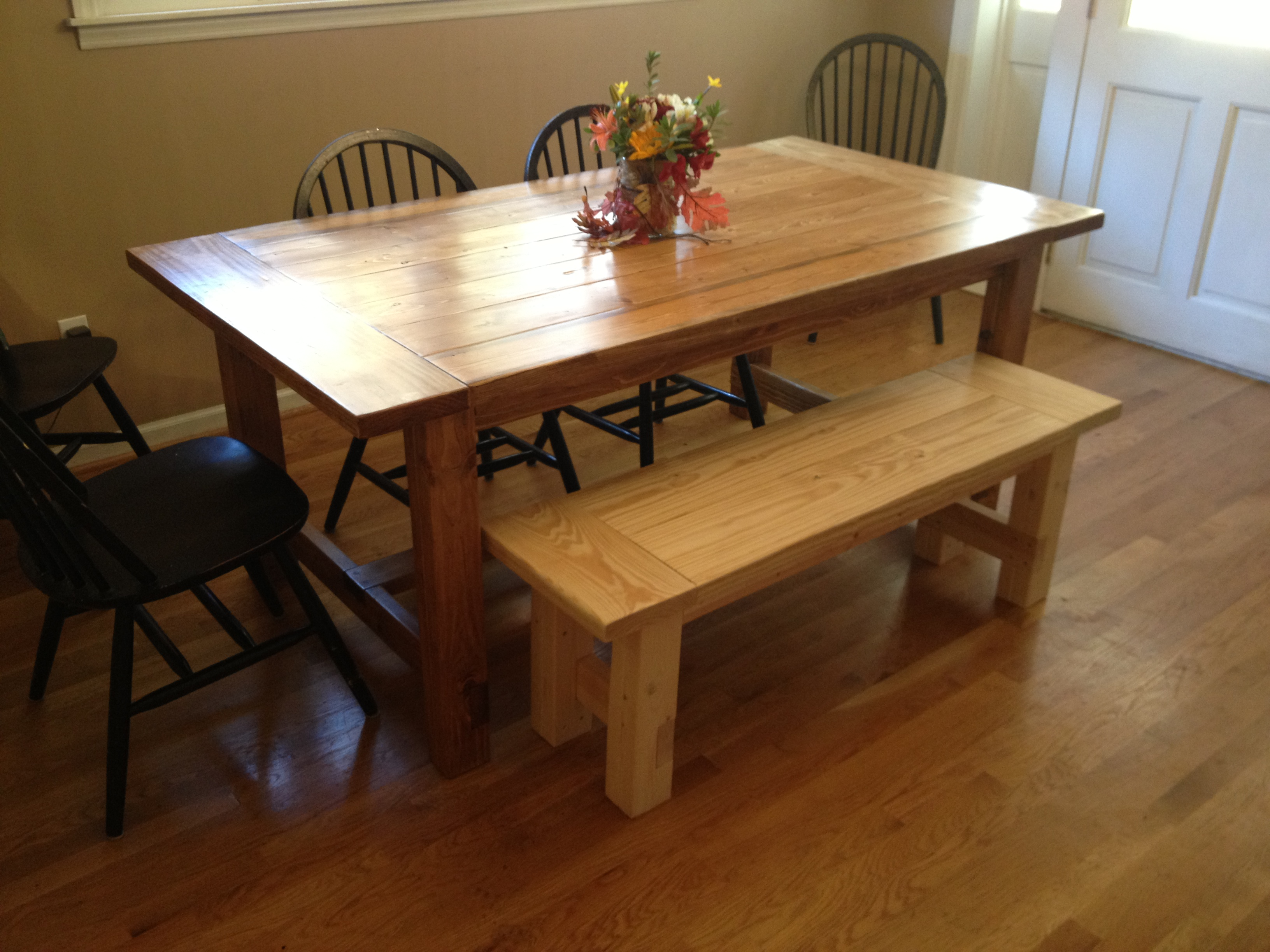 Farmhouse bench woodworking plans woodshop plans - My Rustic Farmhouse Table The Final Unfinished Product