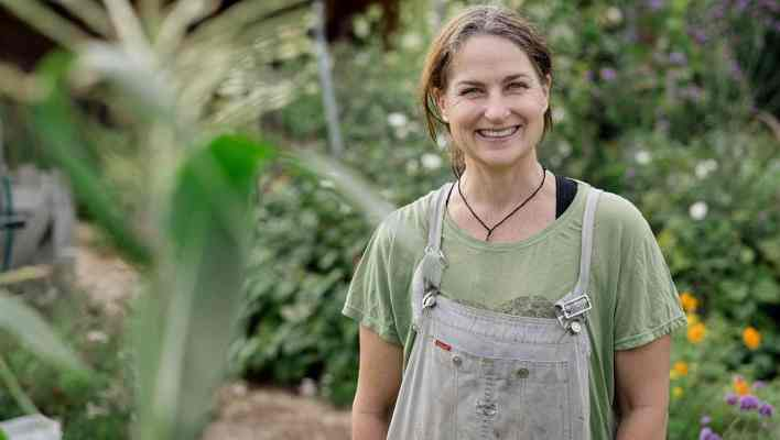 Kath Irvine's Edible Backyard NZ Growing Food Gardeners