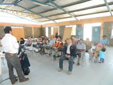 Comunidades en asambleas participativas por conservación de rutas rurales de interconexión