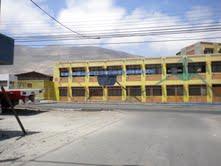 Dos detenidos acusados de lanzar bombas incendiarias en Liceo Luis Cruz Martínez