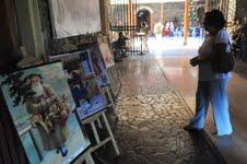 En edificio de ex Aduana, exhiben tarjetas navideñas, cuyo uso data de 1891