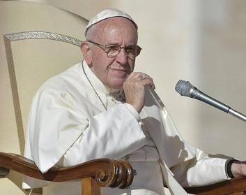 """Alcalde Soria confirma visita del Papa Francisco a Iquique: """"Es una bendición que venga a nuestra ciudad que tiene una gran vocación religiosa""""."""