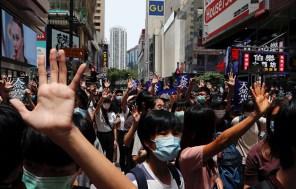Tra Stati Uniti e Cina nuovi contrasti per l'autonomia di Hong Kong. Nell'ex colonia britannica riprendono le proteste