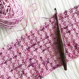 Furls ergonomic crochet hook