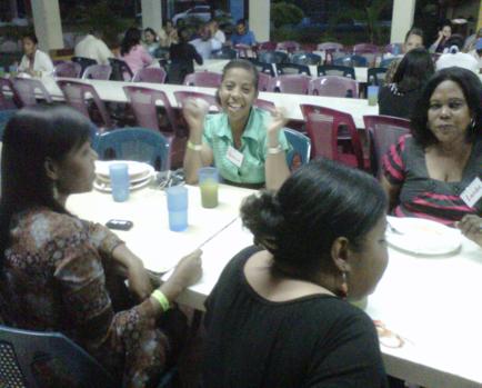 Veronica de los Santos; Huellas del Saber School