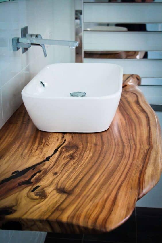 Piano lavabo in legno rustico