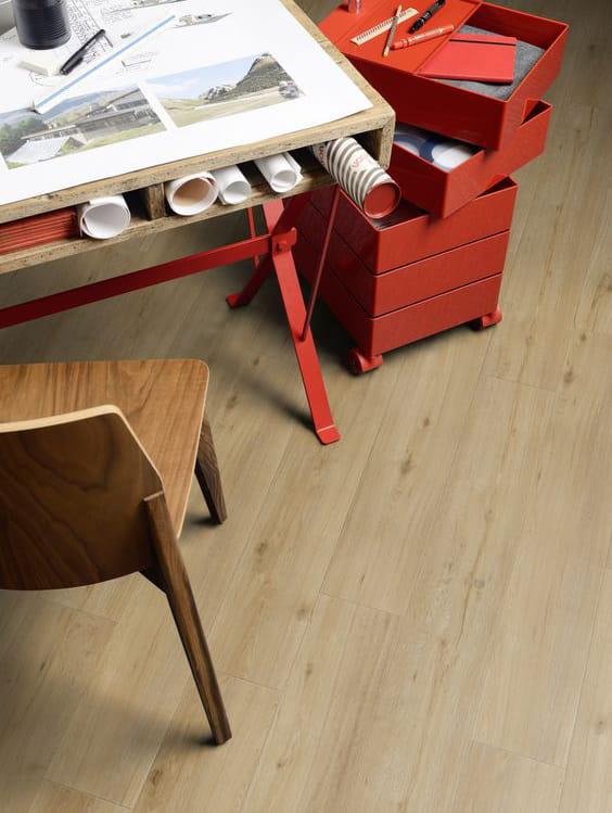 Pavimento vinilico finto legno